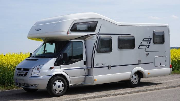 SAVING MONEY BY TRAVELING IN AN RV OR MOTORHOME